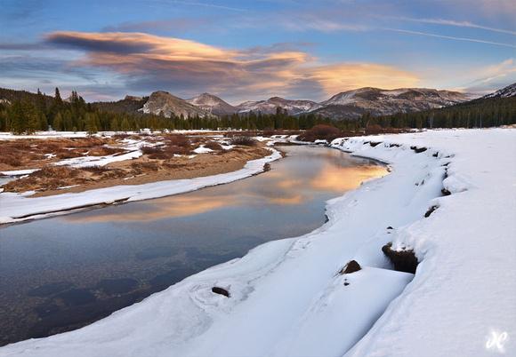 JoshuaCripps_tuolumne-meadows-winter-yosemite-national-park-large